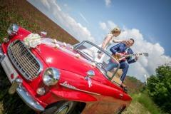 auto-veterán-na-svatbě